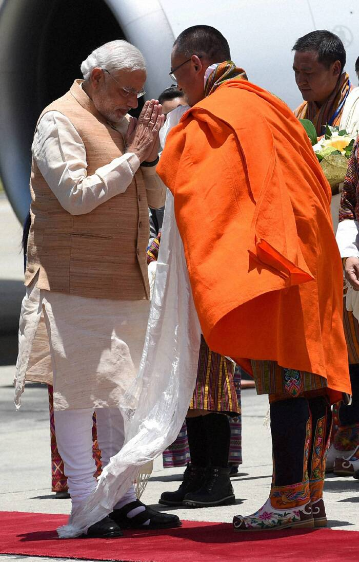 Narendra Modi arrives in Bhutan to a red carpet welcome