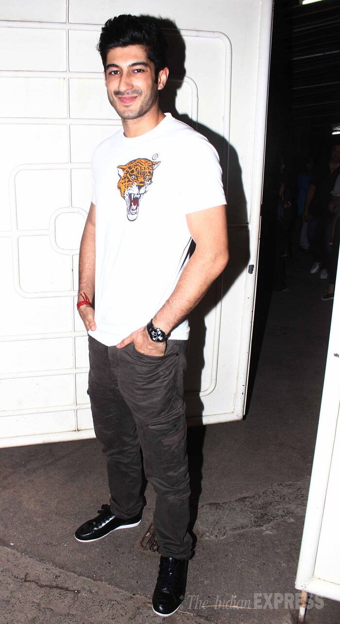 Mohit Marwah, who is the cousin of Sonam and Arjun Kapoor, looked cool in a white tee shirt with pants. (Source: Varinder Chawla)