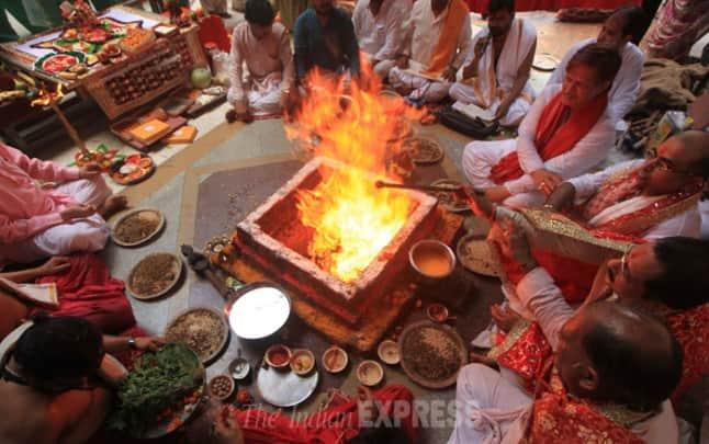 Mumbai MLA organises 'mahayagna' to please the god of rain