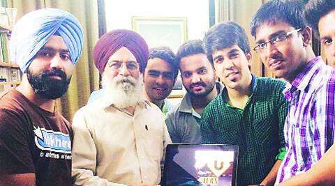 Writer Surjit Patar releases the movie. (Source: Express)