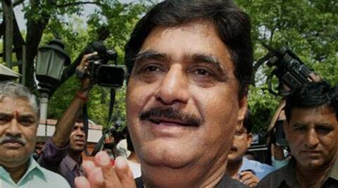 File photo of Rural Development Minister Gopinath Munde who passed away following a road accident in New Delhi on Tuesday. ( Source: PTI )