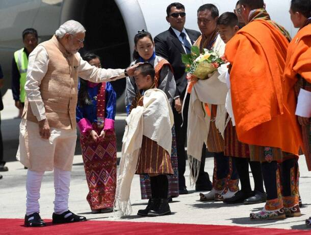 Narendra Modi arrives in Bhutan to a red carpet welcome