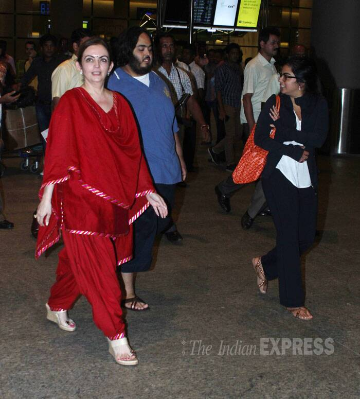 Airport spotting: Nita Ambani, daughter Isha, Neha Dhupia