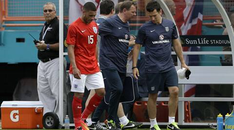 Chamberlain sustained a ligament damage in his right knee in England's  warmup against Ecuador. (Source: AP)