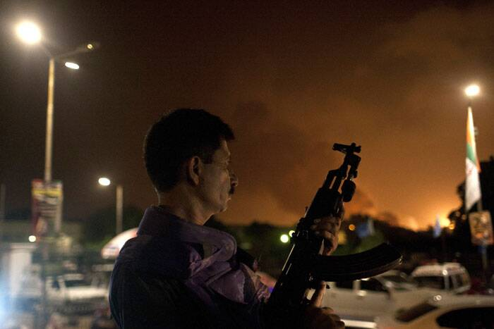 The terrorists were cornered and killed after they attacked the old airport terminal building late last night, posing as Airport Security Force (ASF) personnel. <br /><br /> A Pakistani soldier takes position at Jinnah International Airport .  (AP)
