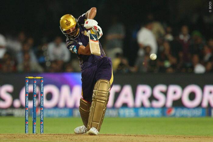 Manish Pandey overshadowed Wriddhiman Saha's century with a 94-run innings of just 50 balls and brought KKR back into the game. Pandey was dealing in boundaries and touched the ropes seven times and sent the ball over it six times. (Source: BCCI/IPL)