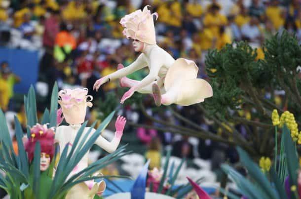 FIFA World Cup: JLo, Pitbull sizzle in Sao Paulo