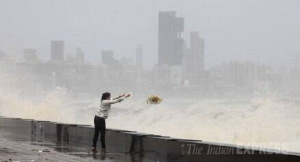 High tide gives Marine drive a wash