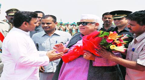 CM Akhilesh Yadav welcomes new UP Governor Aziz Qureshi at Chaudhary Charan Singh Airport Monday.