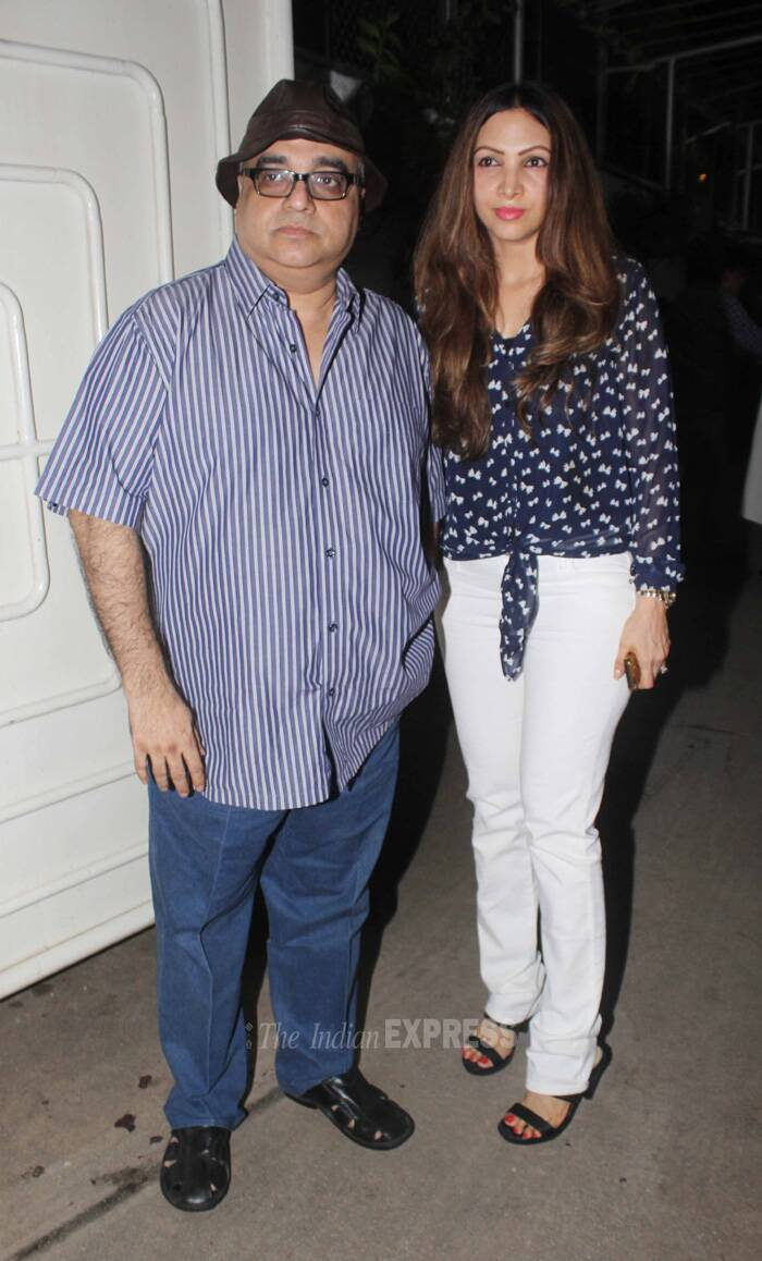Director Rajkumar Santoshi was accompanied by his wife Manila. (Source: Varinder Chawla)