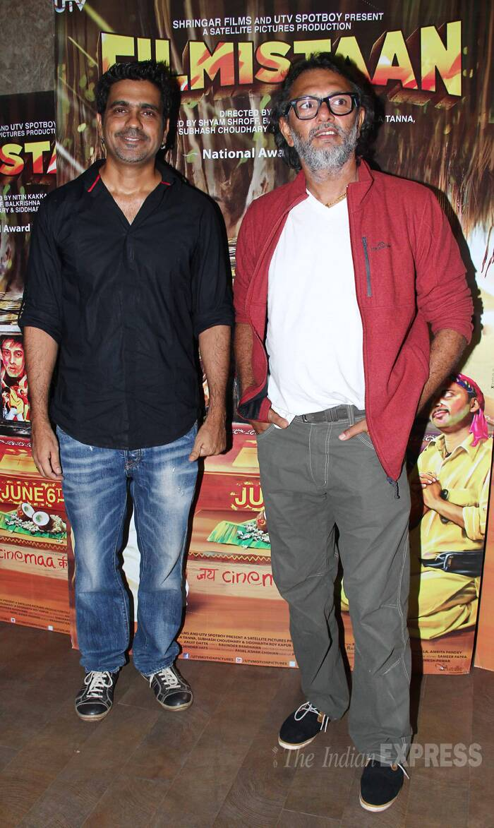 'Bhaag Milkha Bhaag' director Rakeysh Omprakash Mehra was also snapped at the theatre. (Source: Varinder Chawla)