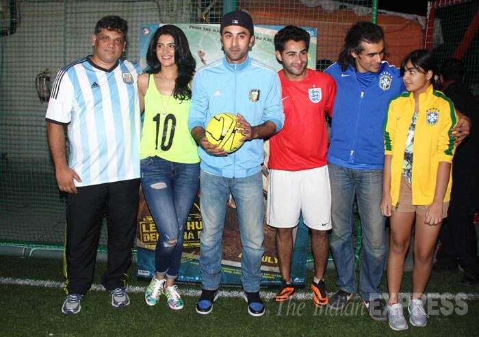 Ranbir and Armaan with Deeksha Seth, director of Lekar Hum Deewana Dil Arif Ali and Imtiaz Ali. (Source: Varinder Chawla)