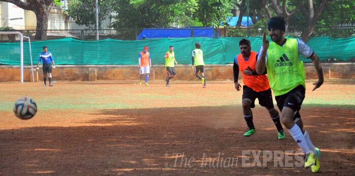Football fever grips Bollywood: Ranbir, Raj Kundra, Dino Morea's perfect Sunday game