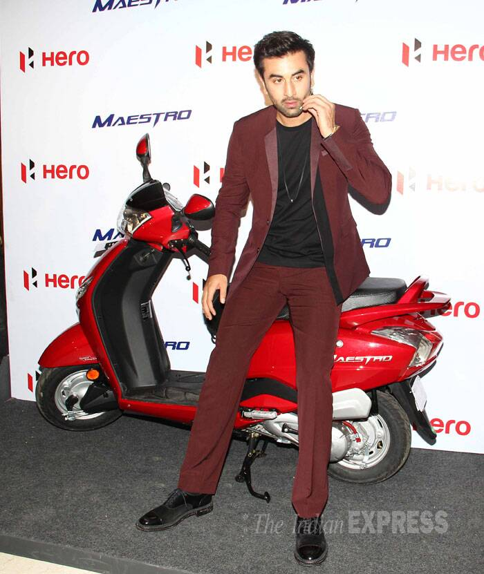 Ranbir Kapoor, who will be soon seen in 'Bombay Velvet', was suave in a burgundy coloured suit with a black inner and matching shoes. (Source: Varinder Chawla)