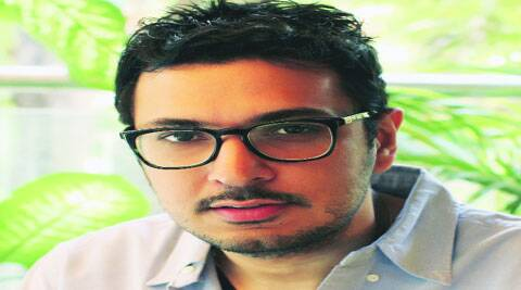 Dinesh Vijan will make his directorial debut with a love story.
