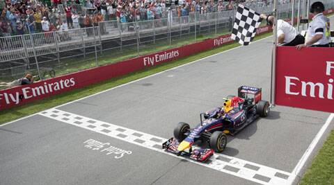 Daniel Ricciardo cruised to the chequered flag with championship leader Nico Rosberg second for Mercedes after starting on pole position (Source: AP)