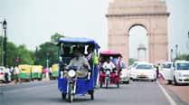 In Delhi, it's E-rickshaws vsAuto-rickshaws