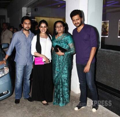 'Ek Villain' screening: Mom-to-be Genelia D'Souza shows off baby bump