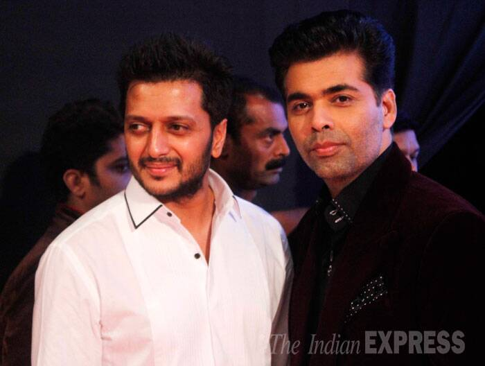"Daddy-to-be Riteish Deshmukh and filmmaker Karan Johar were also present. Karan Johar was the show's host. ""What a memorable evening !!!! had the honour of hosting the launch of Dilip Kumars autobiography amongst legends of Hindi cinema...."", tweeted Karan. (Source: Varinder Chawla)"