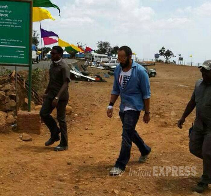Busy man! Director Rohit Shetty was also spotted walking around the set. (Source: Varinder Chawla)