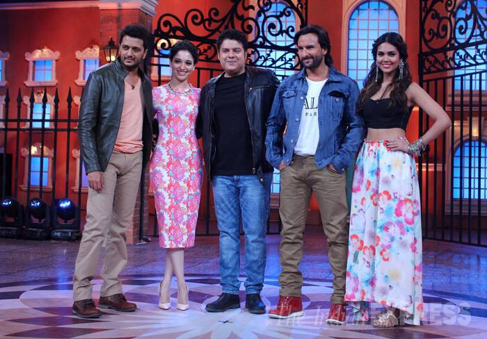 'Humshakals' team – Riteish Deshmukh, Tamannah Bhatia, Sajid Khan, Saif Ali Khan and Esha Gupta promoted their upcoming comedy on the sets of a television show. (Source: Varinder Chawla)