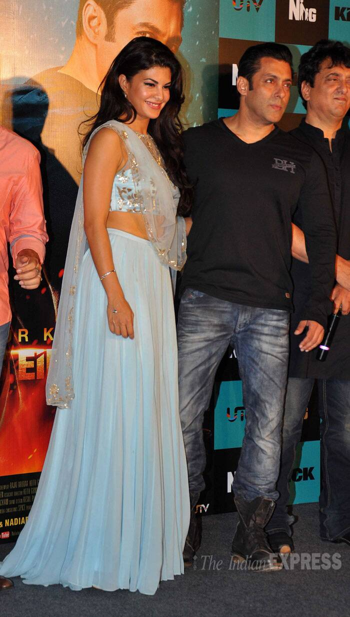 Sri Lankan beauty Jacqueline Fernandez looked pretty in a pale blue Shehlaa lehenga. She kept her hair open in soft waves. (Source: Varinder Chawla)
