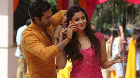 Samjhawan is a slow romantic number sung by 'Aashiqui 2' singer Arijit Singh.