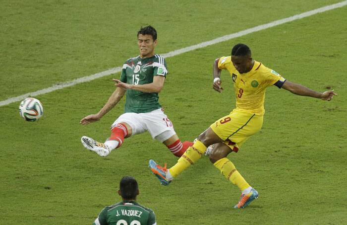 Cameroon showed better game towards the end of the first half with Samuel E'to producing attacks but failed to get past the Mexico defence. (Source: AP)