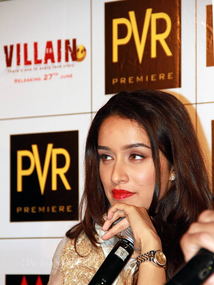 "Shraddha also crooned a few lines of 'Teri Galiyan', for which she has lend her voice in the film. Talking about her singing experience she said, ""Mohit (Suri) did not use any technical improvisation in the song. He kept it raw."" <br />Shraddha is happy that the song is being liked but does not plan to take up playback singing as a career option. (Source: Photo by Ajnavi Tarannum)"