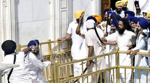 Former Chief Minister and Amritsar MP Amarinder Singh expressed shock over the clash inside the Golden Temple. (Source: Express photo by Rana Simranjit Singh)