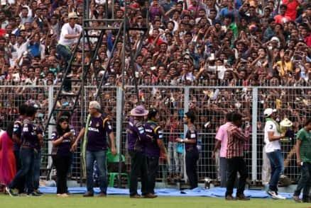 IPL 7: Shah Rukh Khan fever grips Eden Gardens