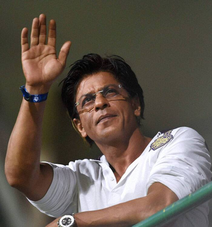 He didn't miss on the opportunity to wave to his fans when the giant screen flashed his visuals, but it was not the SRK we know. The SRK who cheers KKR like anything. May be a new superstition (Source: PTI)
