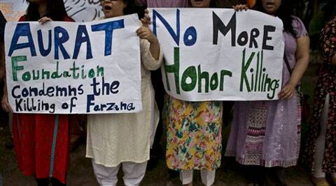 Members of Pakistan's civil society chant slogans during a protest to condemn the killing of pregnant woman Farzana Parveen, who was stoned to death. (Source; AP)