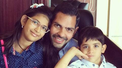 Samaira and Kiaan  came over to New Delhi to spend Father's Day.