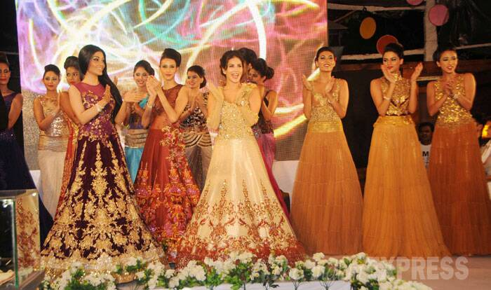 Remember her? Actress Koena Mitra also joined Sunny Leone on the ramp for the fashion show. (Source: Varinder Chawla)