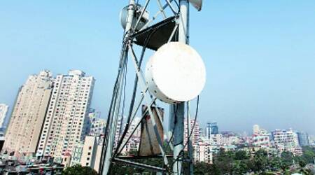 Delhi government, unified building bye-laws, cell phone towers, residential areas, telecom operators, service operators, Delhi news