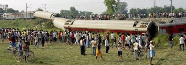 New Delhi-Dibrugarh Rajdhani Express derails in Bihar