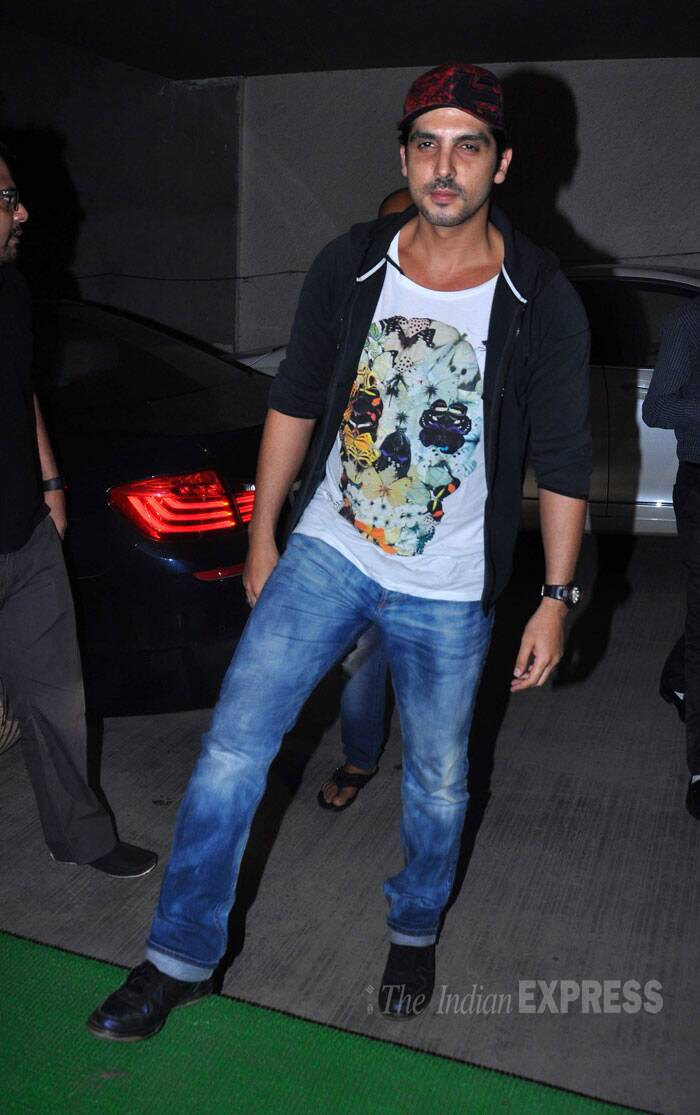 Actor Zayed Khan was cool in a tee shirt with denims and a jacket. (Source: Varinder Chawla)