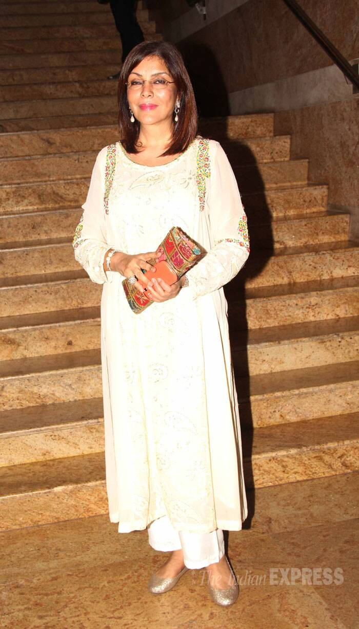 Zeenat Aman picked a lovely beige embroidered creation with glittery pumps for the launch. (Source: Varinder Chawla)