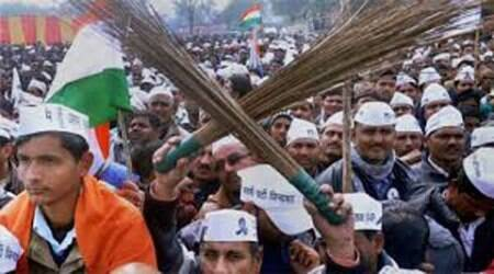 Manish Sisodia asked why was the Delhi Police differentiating between AAP and BJP workers.