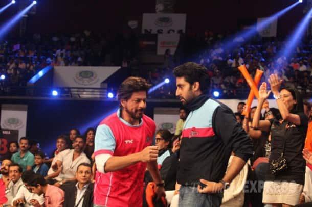 Aamir, Shah Rukh, Big B, Aishwarya cheer for Abhishek's kabaddi team