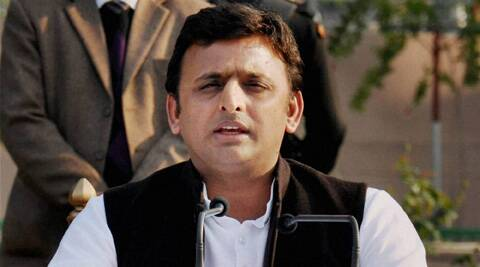 CM Akhilesh Yadav on Saturday held a meeting with UP Governor Qureshi. (Source: PTI photo)