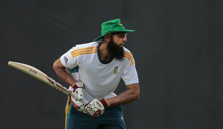 Under Amla the Porteas will be looking forward to take on Sri lanka in its own backyard. (Source: AP)
