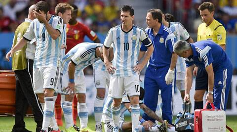 Angel Di Maria damaged a muscle in his right thigh shooting on goal (Source: AP)