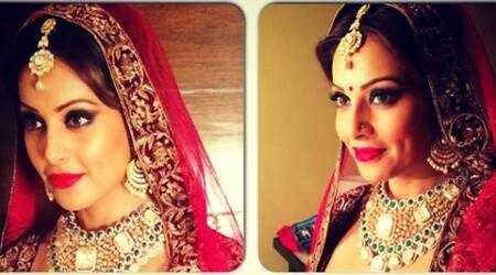 Bipasha Basu  did not reveal any marriage plans but said that she would love to have an elaborate wedding.