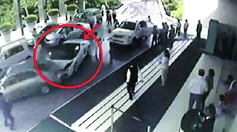 Hotel Valet Crashes Lamborghini No Fir Talks On To Settle Claims