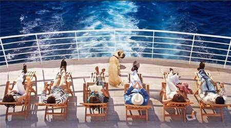 The first teaser poster of the film shows a group of six sunbathing on the deck of a yacht.