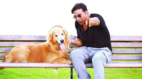 Akshay Kumar treats Junior aka Entertainment to some music