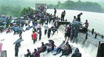 In a first, police stop entry to Bushi dam after 3pm