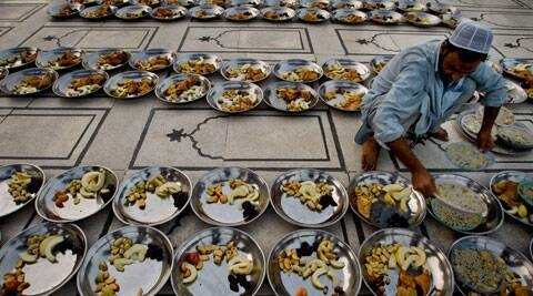 Experts recommend a diabetes assessment during Ramadan which would make patients aware of risks. (Source: AP photo)